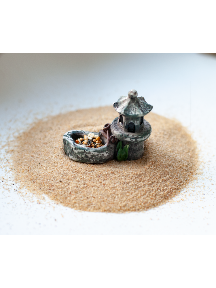 Dekoratyvinis bokštelis maistui įdėti